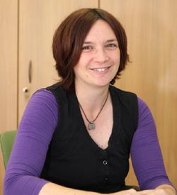 Barbara Schütte - Leiterin der Landesdolmetscherzentrale und Fachbereichsleiterin für Gebärdensprache und Kommunikation